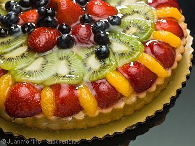 strawberry fruit tart