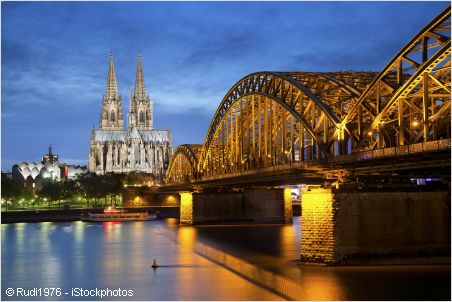 thr river rhine and cologne panorama