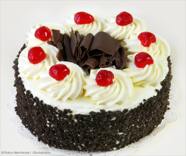 Cake Images Real : Authentic Black Forest Cake Recipe - Schwarzwalder ...