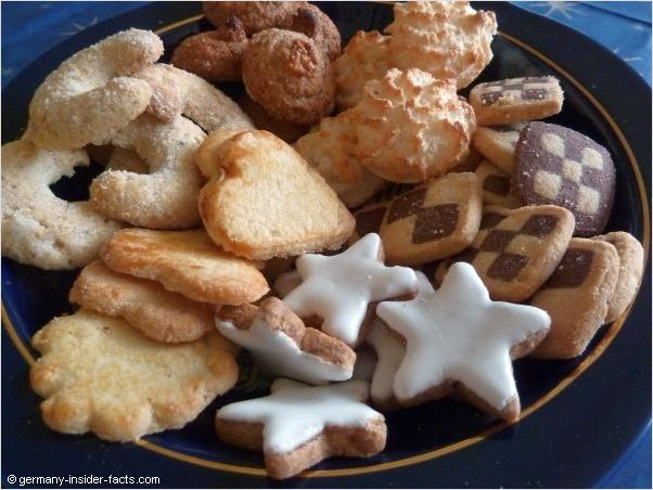 various christmas cookies