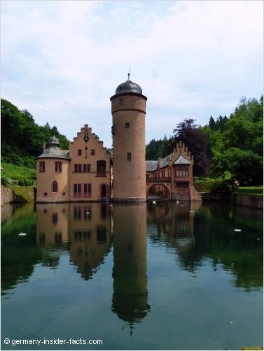 water castle mespelbrunn
