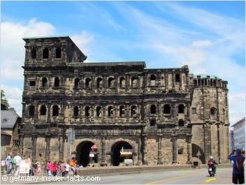 old roman city gate