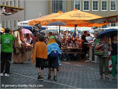 celebrating at schlossplatz