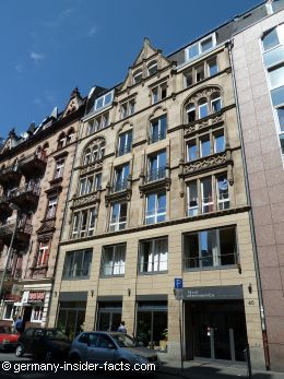 hostels in frankfurt five elements