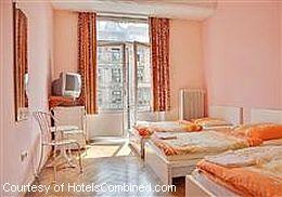 room at frankfurt hostel