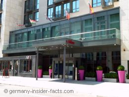hotels in frankfurt adina apartment hotel