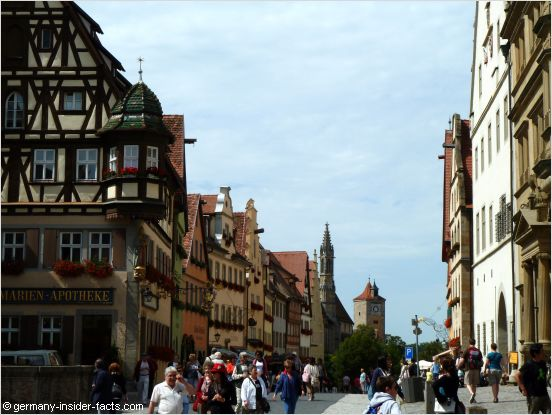 lively street in rothenburg