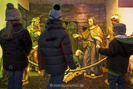 cologne christmas market nativity scene