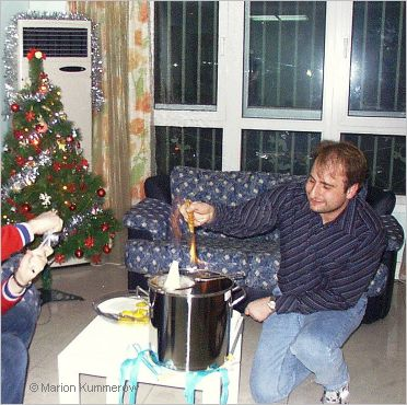 making feuerzangenbowle at christmas