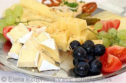 According To The Saying Kaese Schliesst Den Magen Cheese Closes The Stomach They Prefer A Cheese Dessert From The Traditional Cheese Platter To Fried