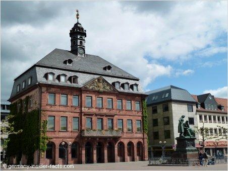 hanau germany new town hall