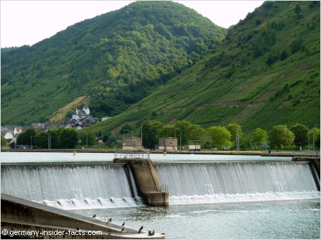 weir at the mosel valley