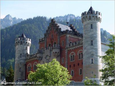neuschwanstein castle facts schloss neuschwanstein germany. Black Bedroom Furniture Sets. Home Design Ideas